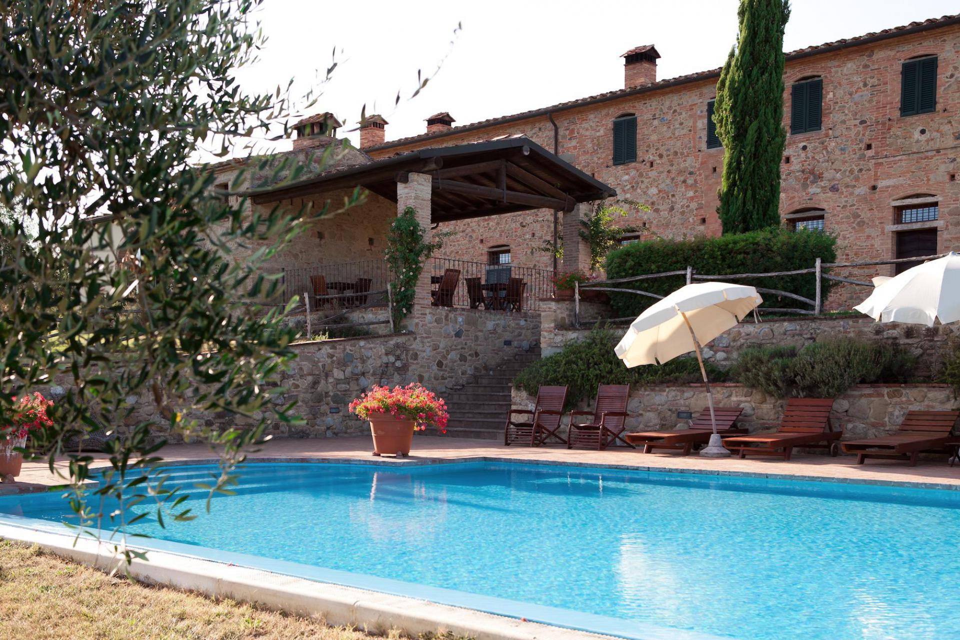 Agriturismo Tuscany Biological agriturismo near Montepulciano in Tuscany